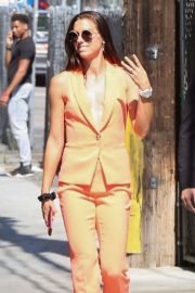 Alex Morgan - Arriving at Jimmy Kimmel Live! in Los Angeles