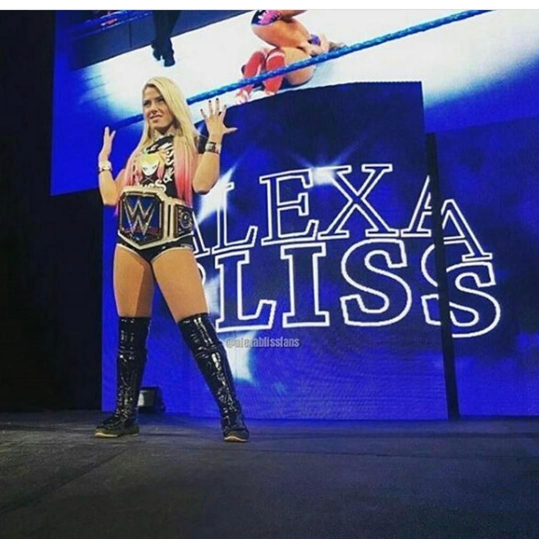 Alexa Bliss 2020 : Alexa Bliss – Instagram and social media-28