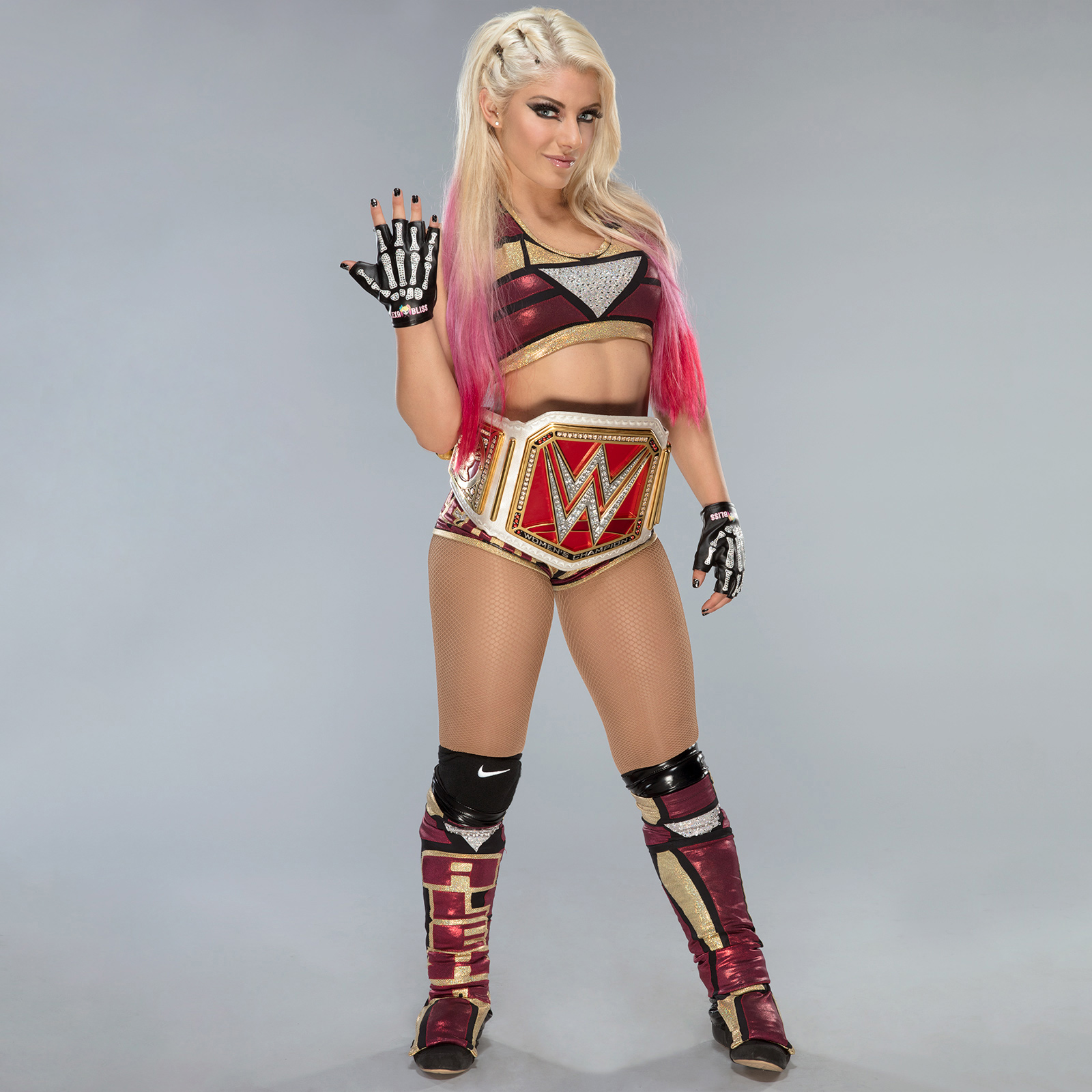 Alexa Bliss 2017 : Alexa Bliss: New Raw Womens Championship -02