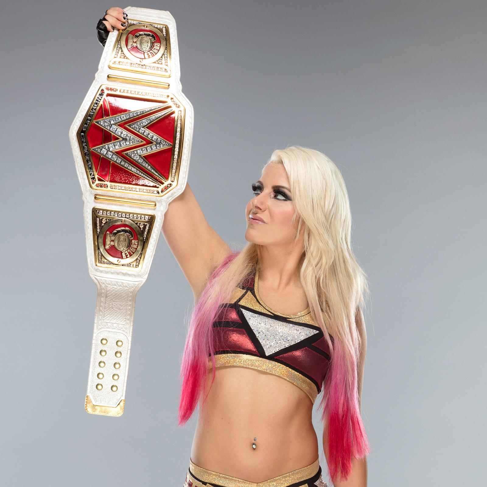 Alexa Bliss 2017 : Alexa Bliss: New Raw Womens Championship -07