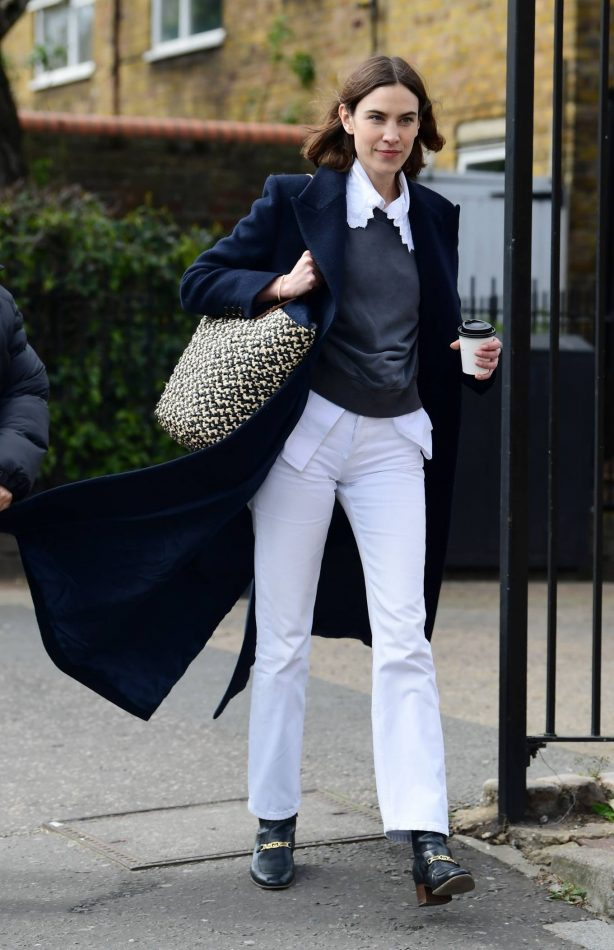 Alexa Chung - House hunting with Fran Cutler in London