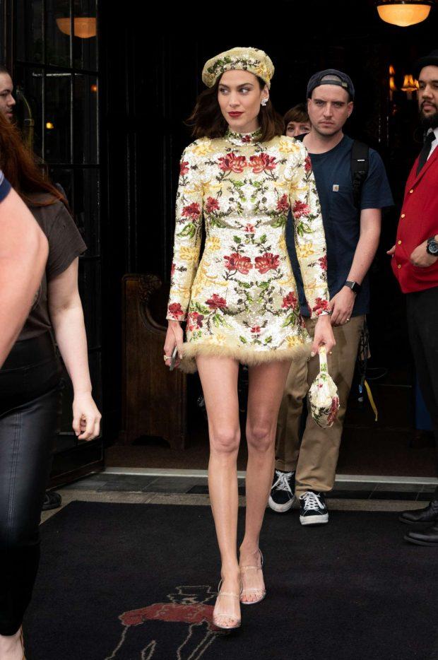 Alexa Chung: Leaving the Bowery Hotel -01