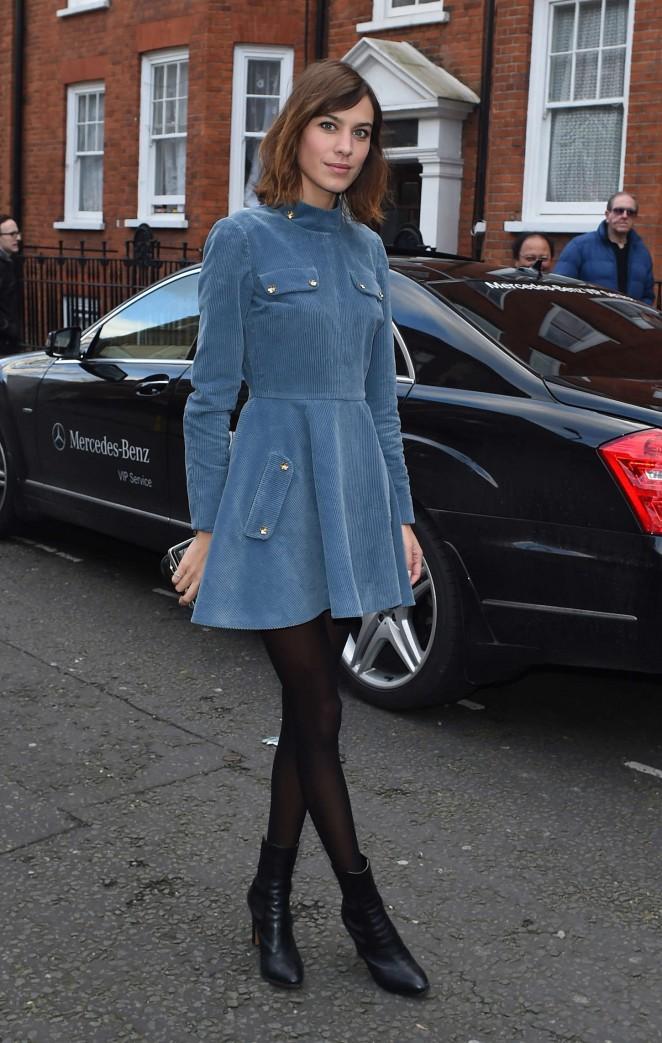 Alexa Chung 2015 : Alexa Chung in Blue Mini Dress -04