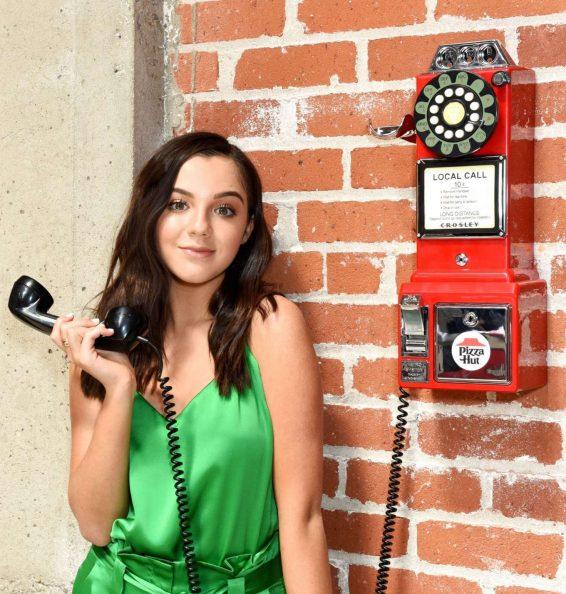 Alexa Nisenson - Pizza Hut Lounge Portraits at San Diego Comic Con 2019