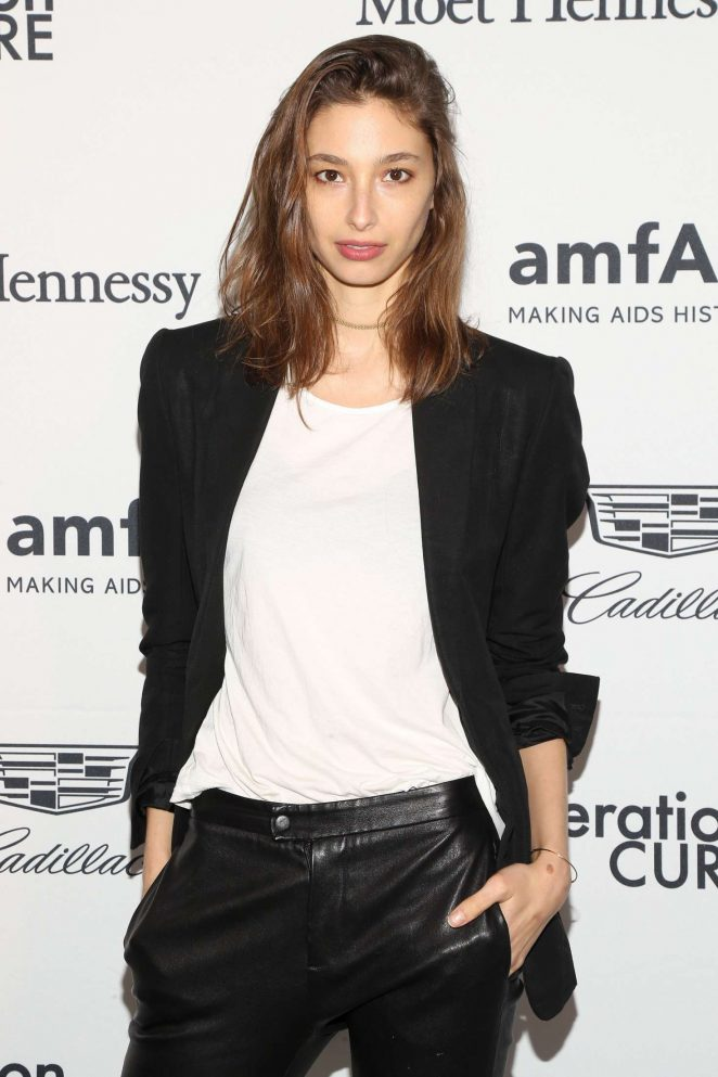 Alexandra Agoston - 2016 amfAR GenerationCure Holiday Party in NY