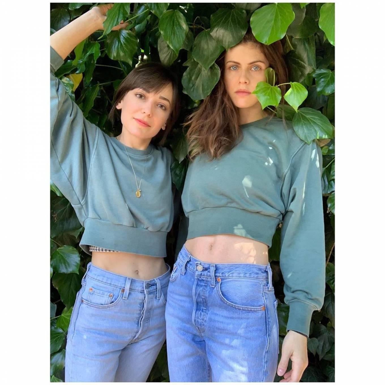 Alexandra Daddario 2020 : Alexandra Daddario and Kate Easton – Matching Outfits-02