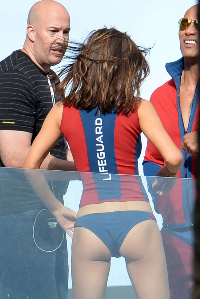 Alexandra Daddario in Bikini Bottom on Baywatch set -04