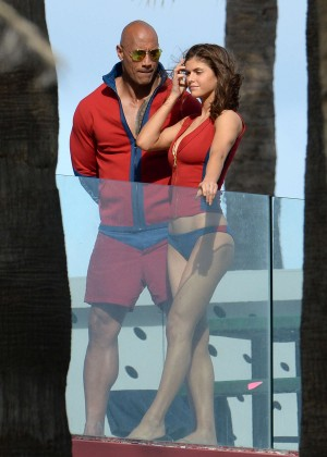 Alexandra Daddario in Bikini Bottom on Baywatch set -15