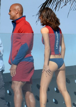 Alexandra Daddario in Bikini Bottom on Baywatch set -16