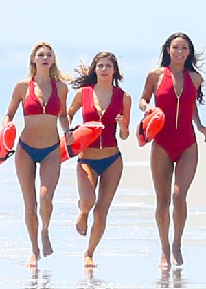 Alexandra Daddario, Kelly Rohrbach and Ilfenesh Hadera on the set of Baywatch in Georgia