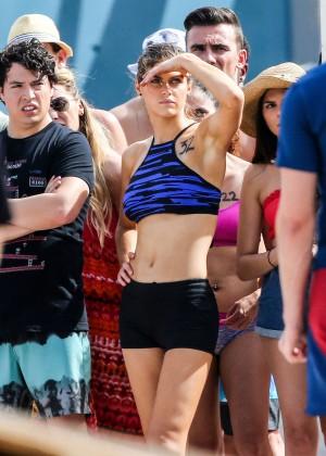 Alexandra Daddario on Baywatch set -10