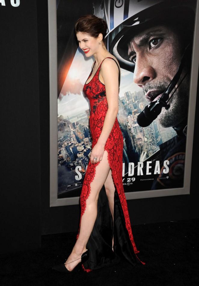 Alexandra Daddario - 'San Andreas' Premiere in Hollywood