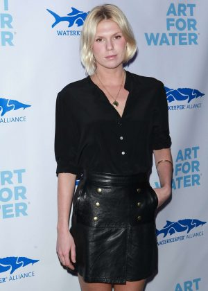 Alexandra Richards - Art For Water benefitting Waterkeeper Alliance Charity in NY