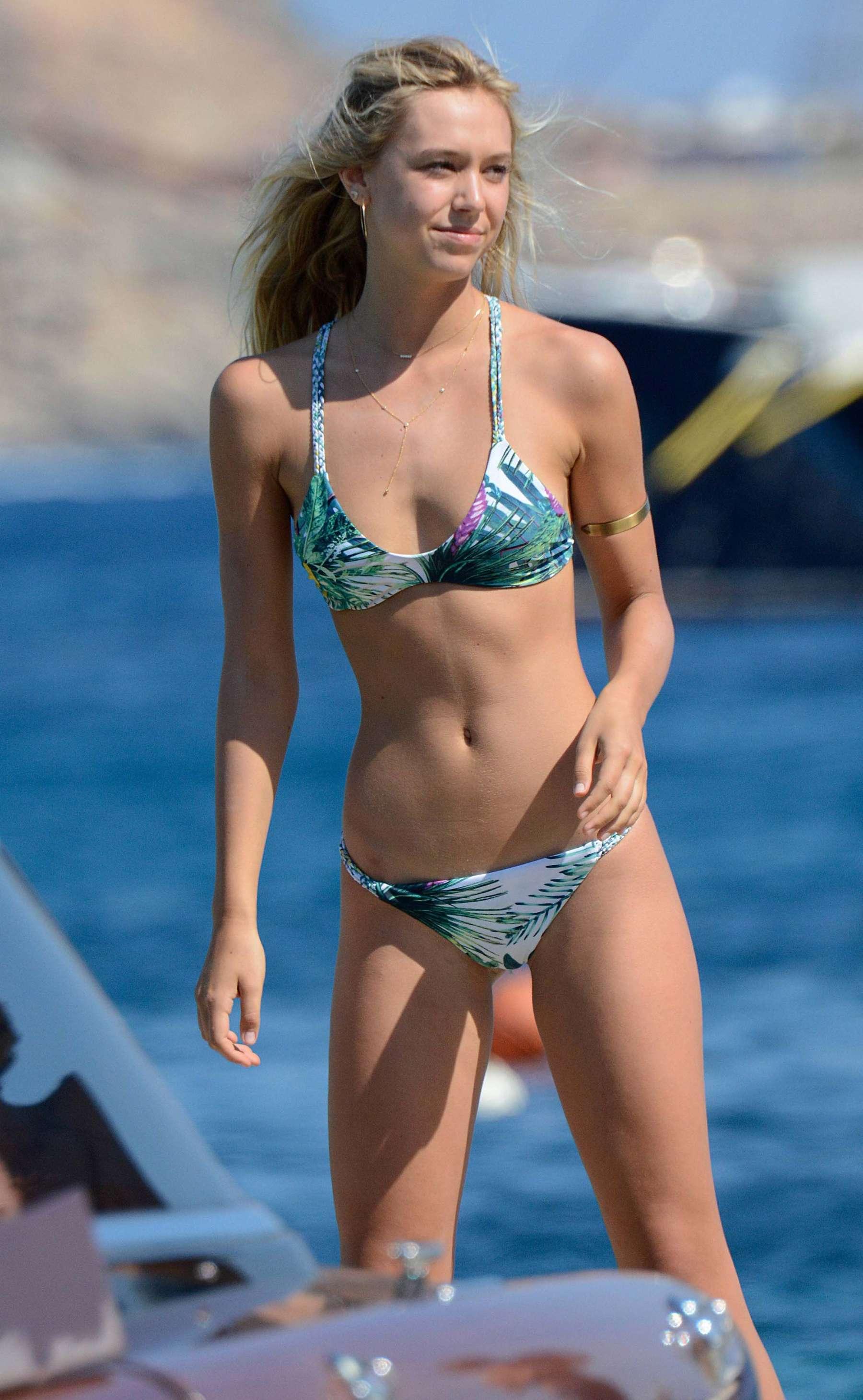 Alexis Ren Hot In Bikini 67 Gotceleb