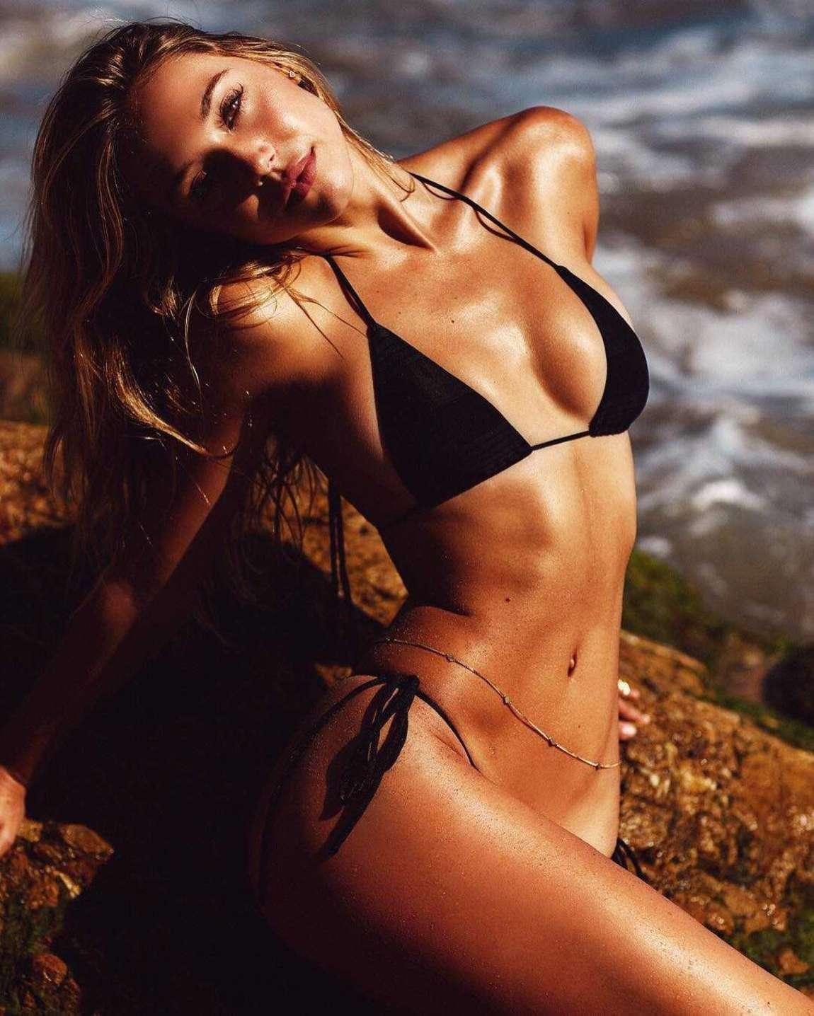Kara del toro beautiful boobs and ass in sexy bikini photoshoot