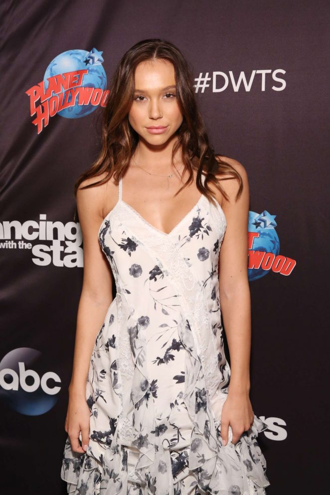 Alexis Ren - Dancing With The Stars Season 27 Cast Reveal Red Carpet in NY