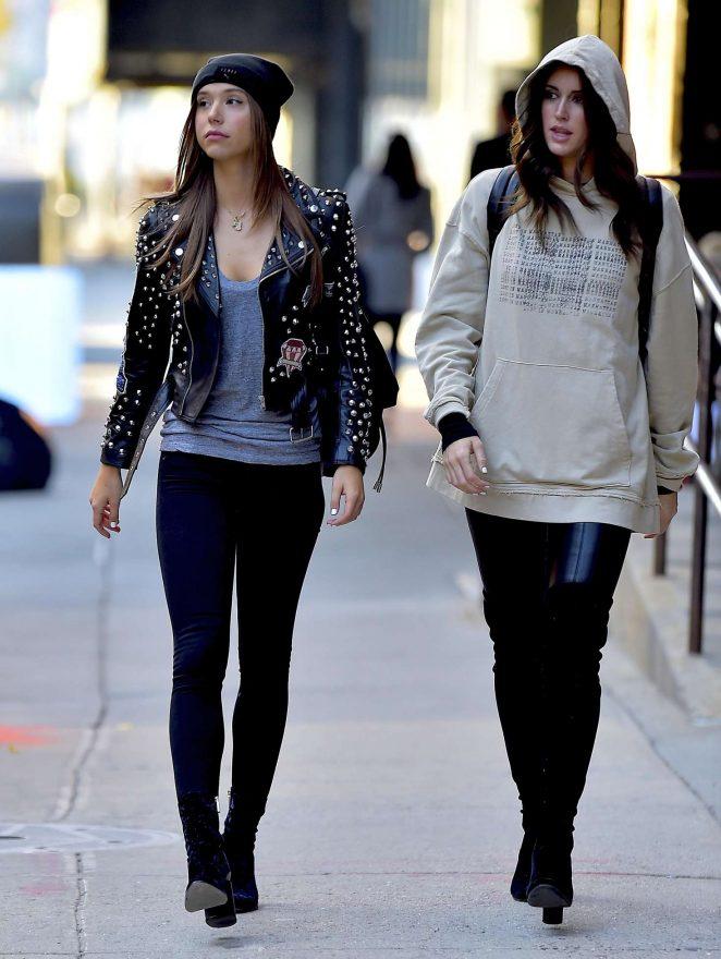 Alexis Ren in Skinny Jeans -02