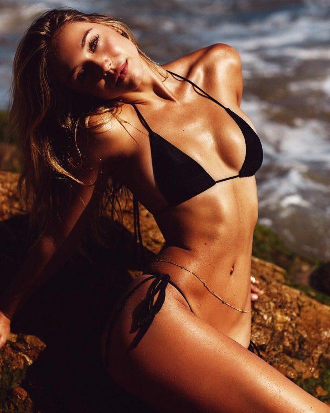 Alexis Ren - Josie Clough Photoshoot 2016 adds