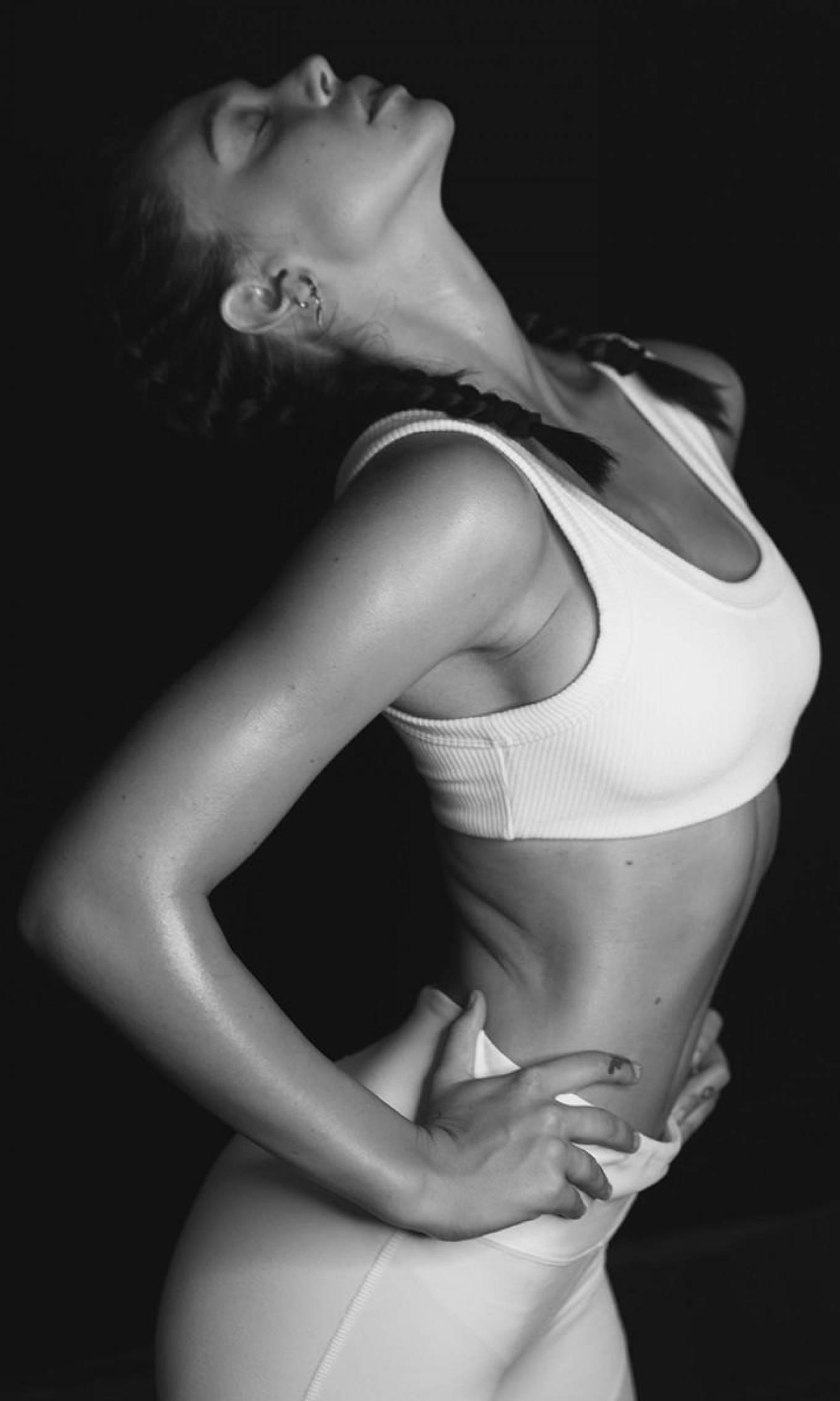 Alexis Ren - Warriors Fitness Program 2020