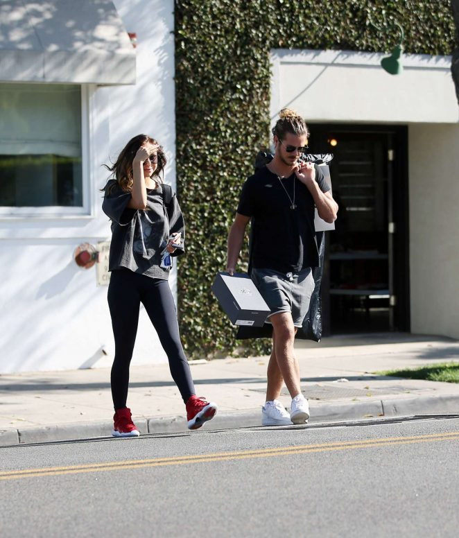 Alexis Ren with her boyfriend Bear – Leaving an office in LA