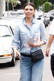 Ali Landry - Shopping on Melrose Place in West Hollywood