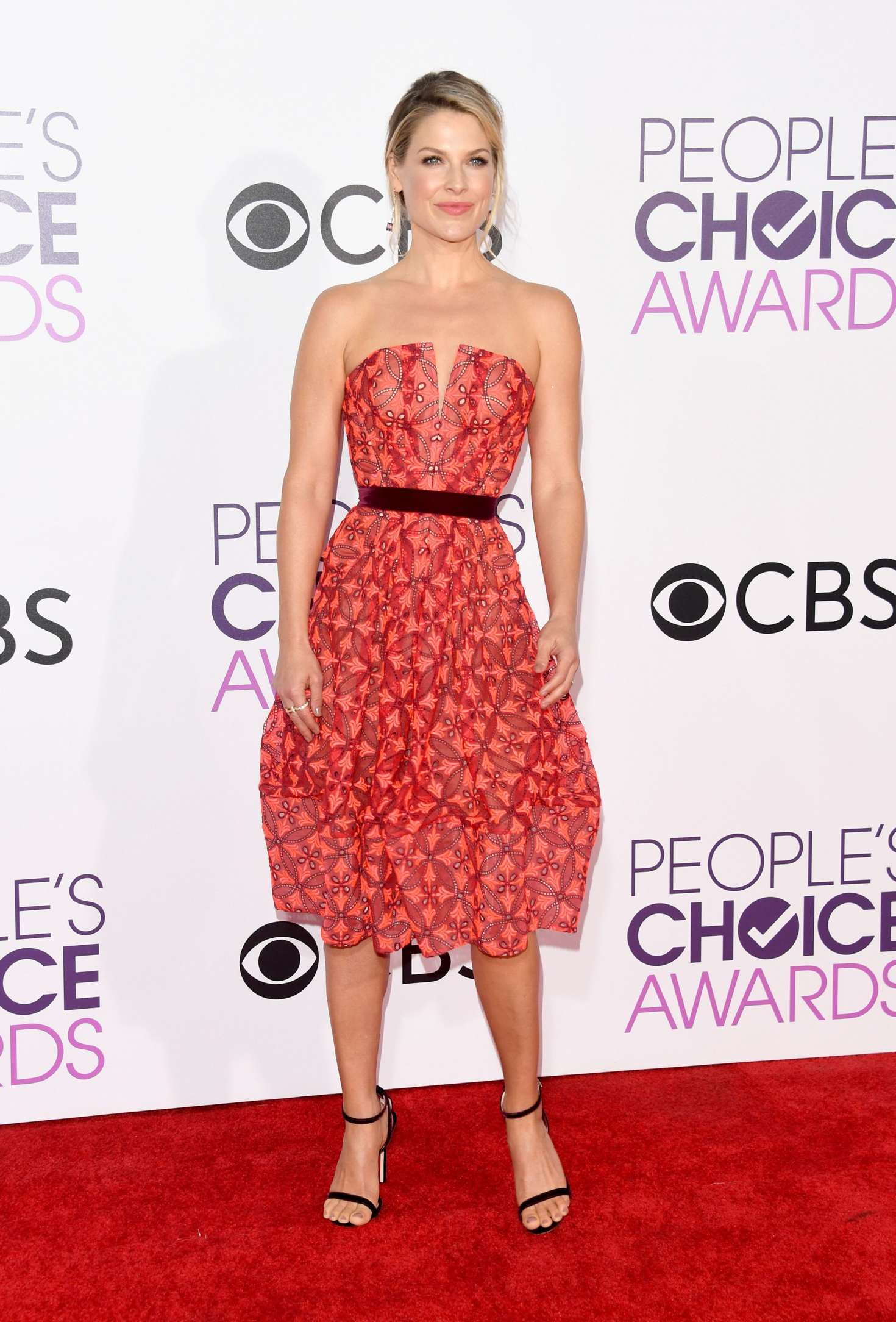 Ali Larter: 2017 Peoples Choice Awards -09 | GotCeleb