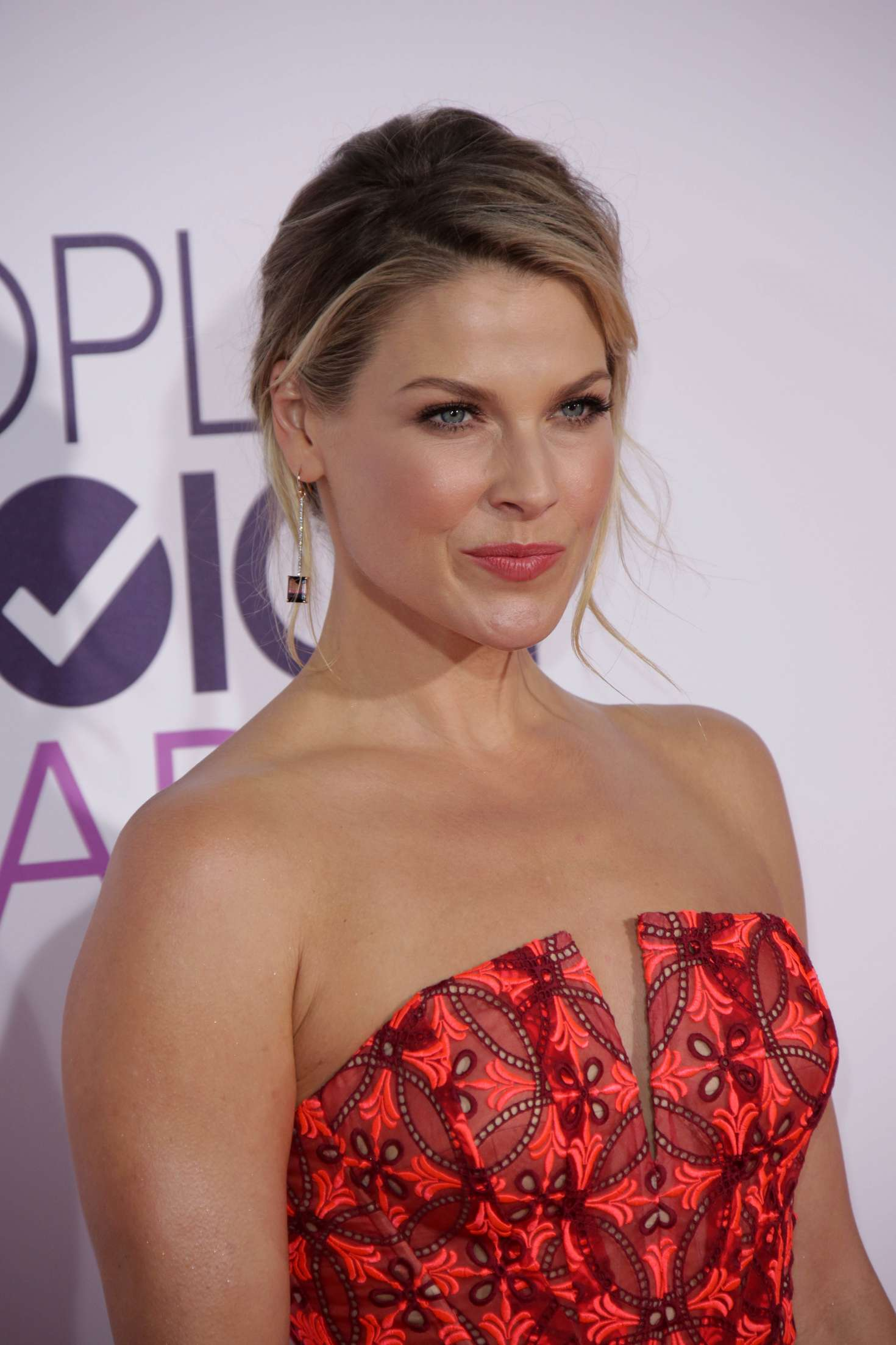 Ali Larter: 2017 Peoples Choice Awards -12 - GotCeleb