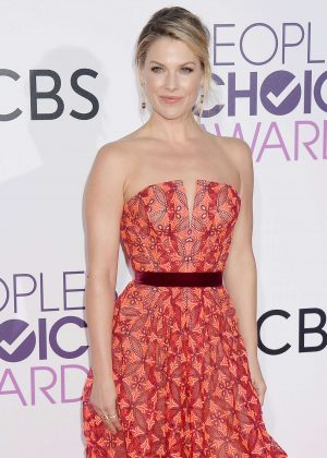 Ali Larter - 2017 People's Choice Awards in Los Angeles