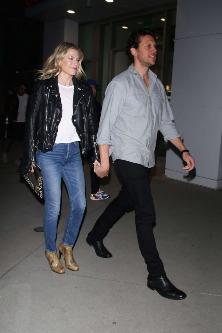 Ali Larter 2019 : Ali Larter and Hayes MacArthur at the ArcLight -04