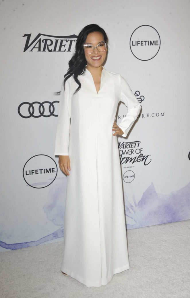 Ali Wong - amfAR Gala Los Angeles 2017 in Beverly Hills