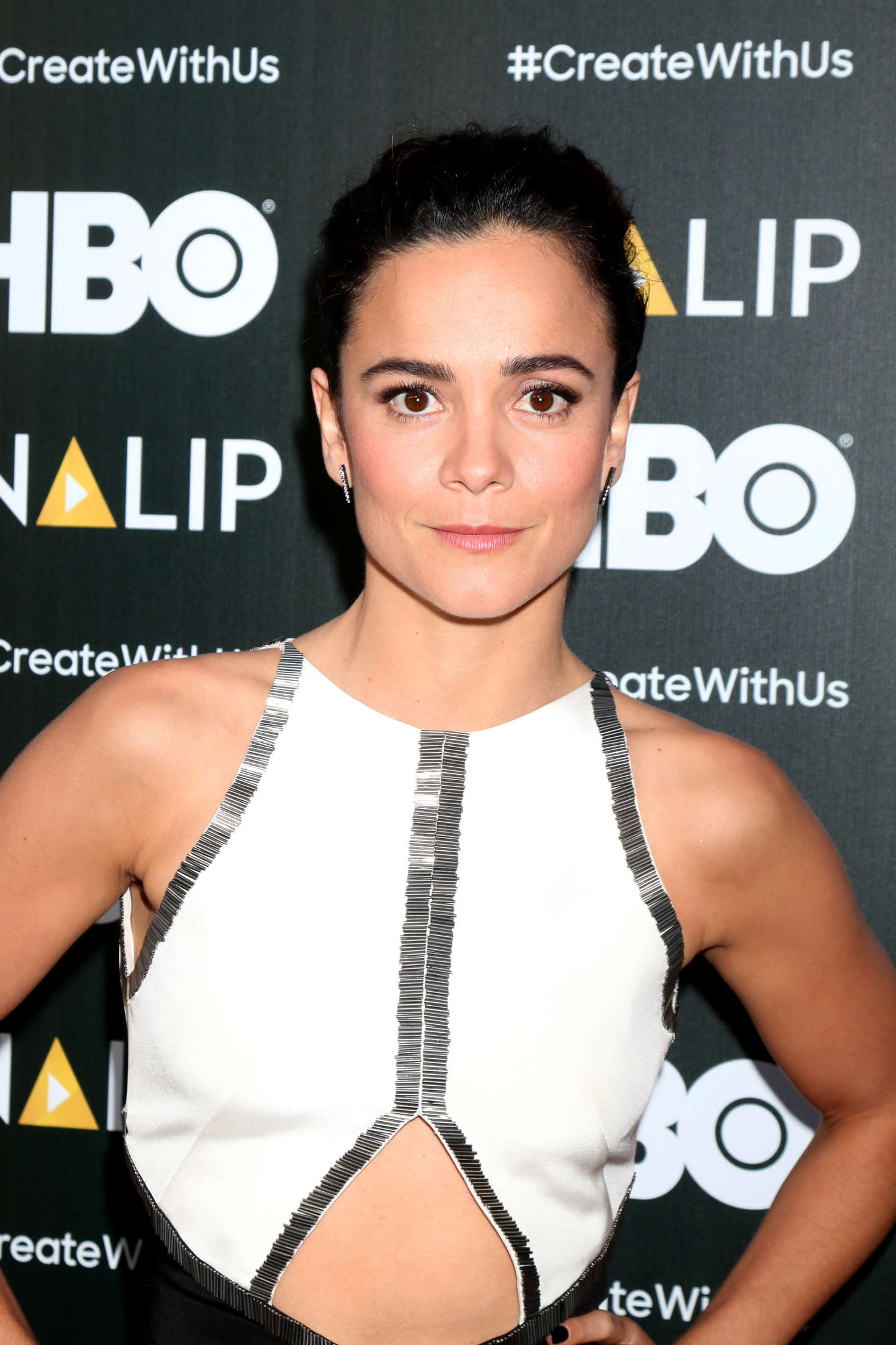 Alice Braga 2016 : Alice Braga: NALIP 2016 Latino Media Awards -01