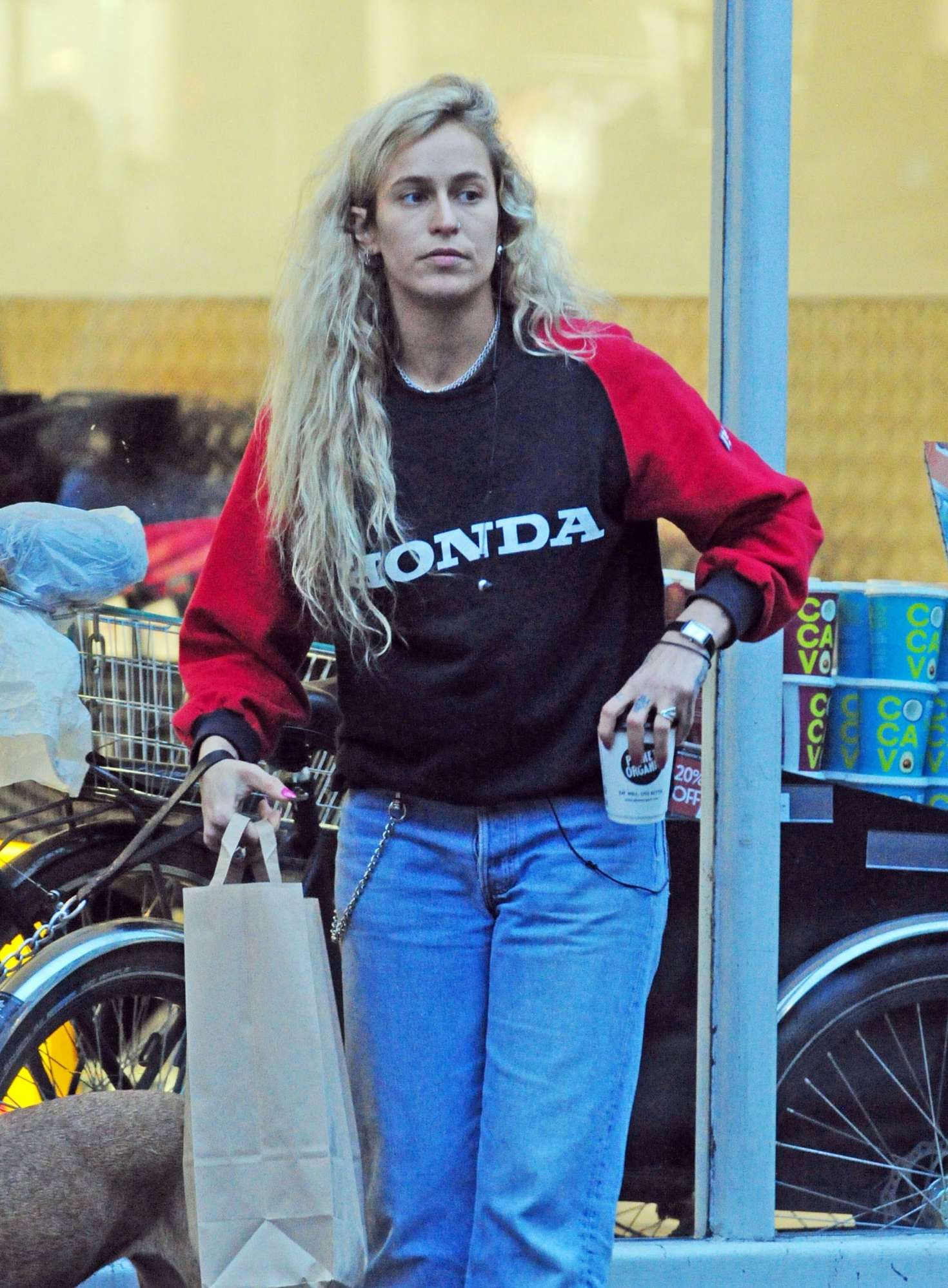 Alice Dellal - Walking her dog in Notting Hill