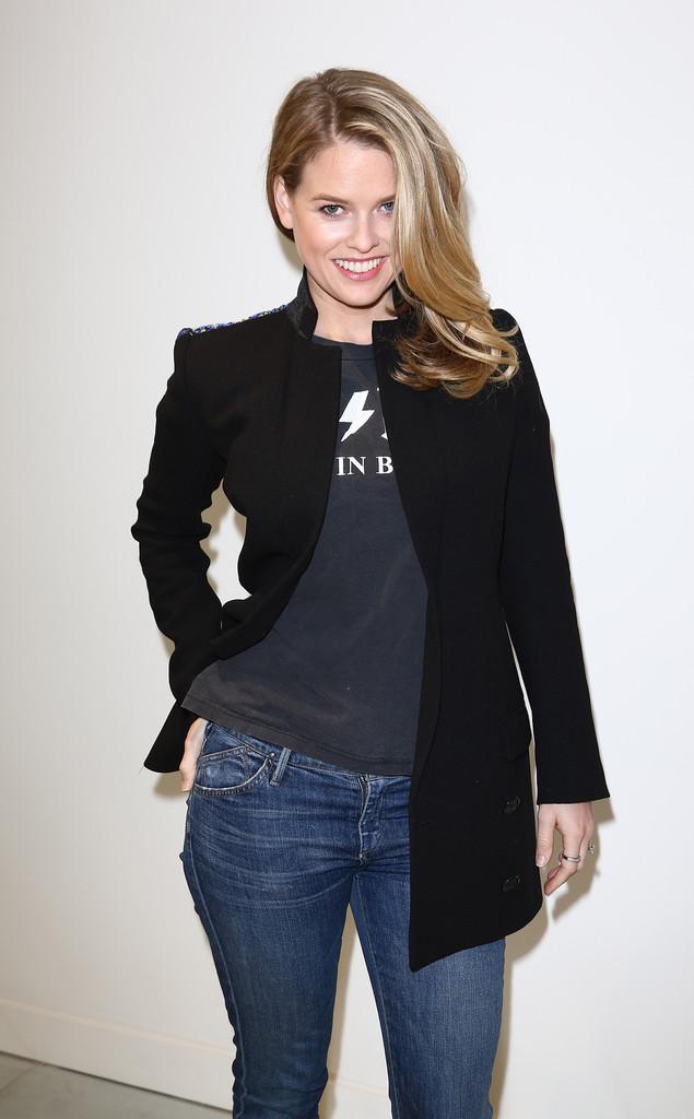 Alice Eve - Antonio Berardi Fashion Show 2015 in London