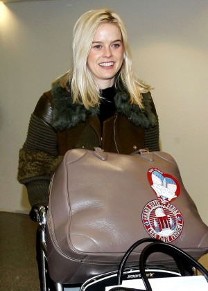 Alice Eve - Arriving at the Los Angeles International Airport