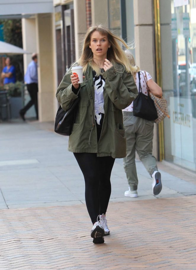 Alice Eve - Leaves a salon in Beverly Hills