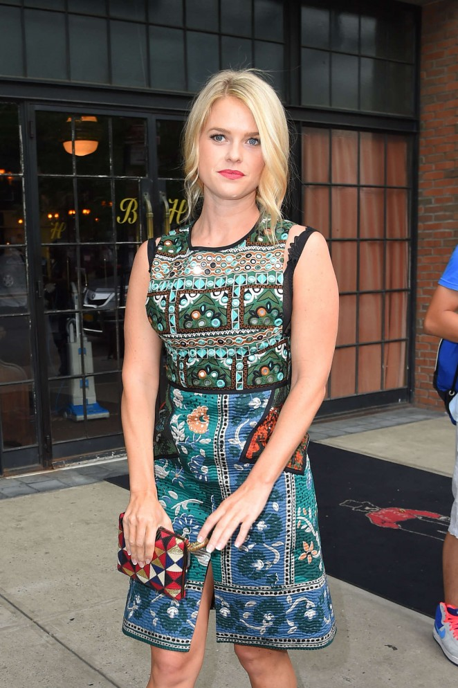 Alice Eve - Leaving the Bowery Hotel in NYC