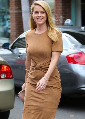 Alice Eve - Out and about in Beverly Hills