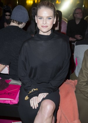 Alice Eve - Schiaparelli Fashion Show 2015 in Paris