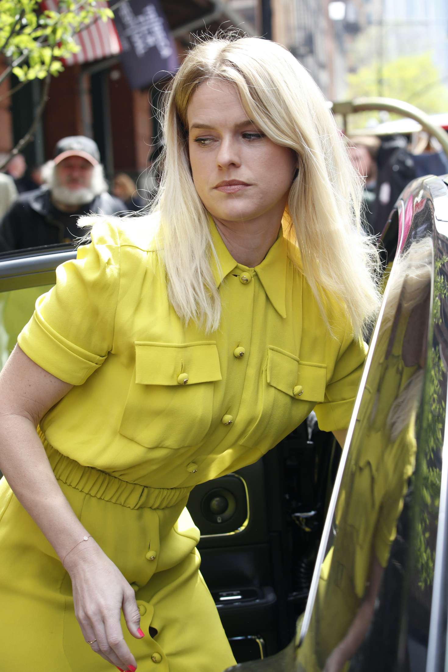Alice Eve – Seen at Greenwich Hotel in New York City   Alice-Eve:-Seen-at-Greenwich-Hotel-in-New-York-City-08