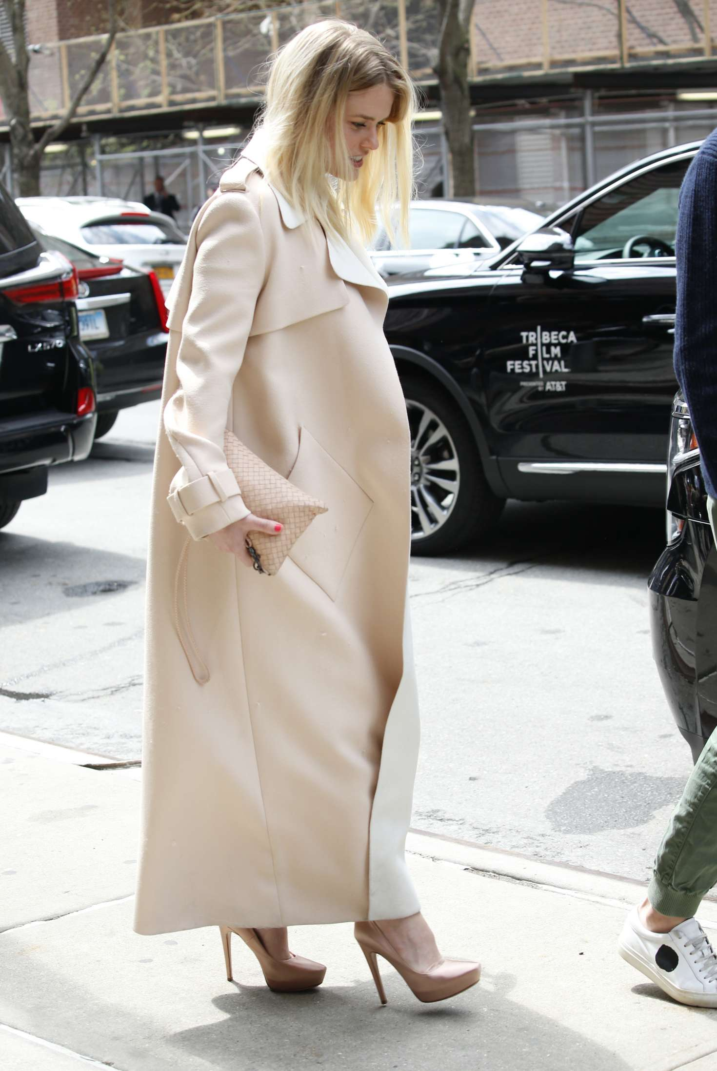 Alice Eve – Seen at Greenwich Hotel in New York City   Alice-Eve:-Seen-at-Greenwich-Hotel-in-New-York-City-11