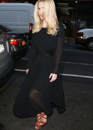 Alice Eve: Visits the Today show -05