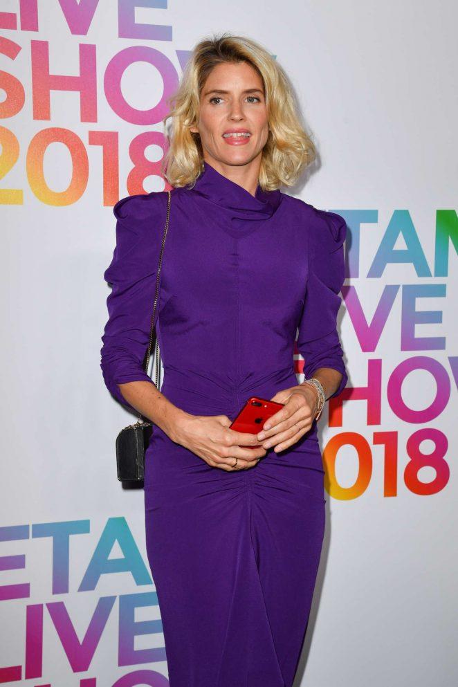 Alice Taglioni - Etam Fashion Show in Paris