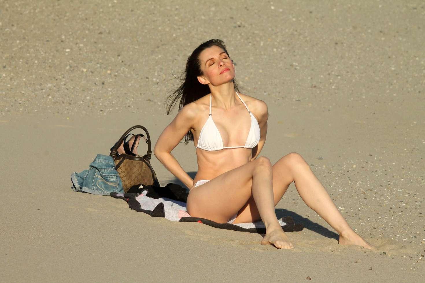 Alicia Arden Bikini Nude Photos 61