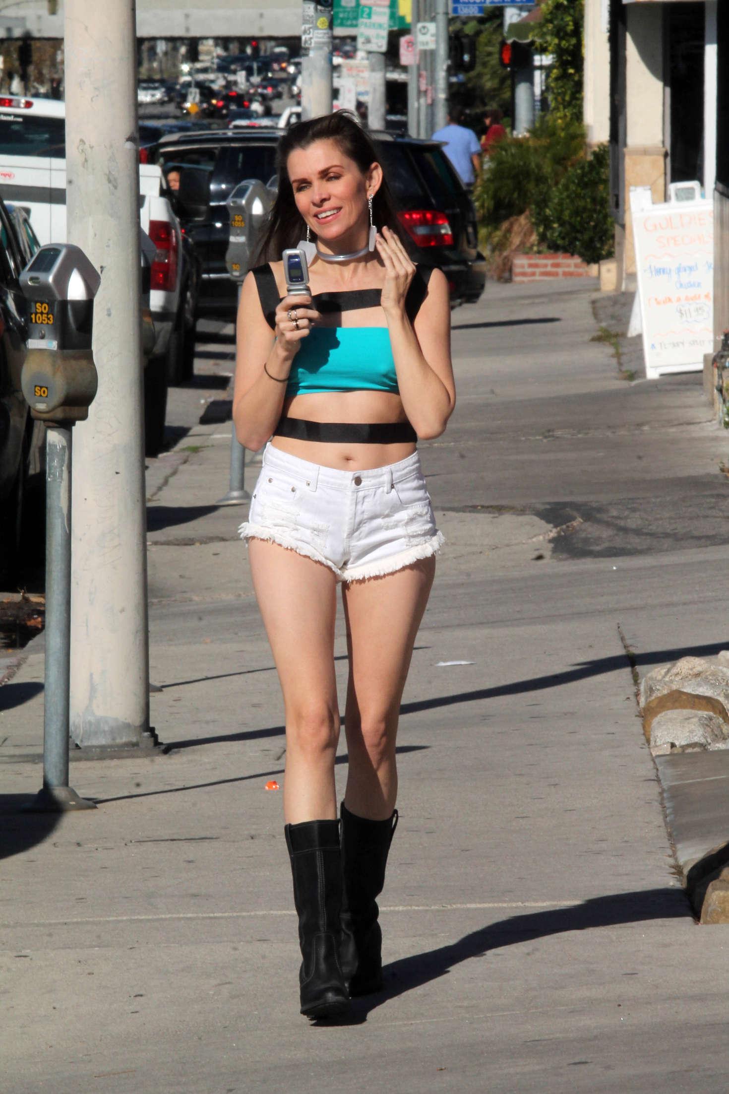 Alicia Arden 2016 : Alicia Arden in Jeans Shorts -08