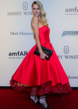 Alicia Kuczman - 2017 amfAR Inspiration Gala in Sao Paulo