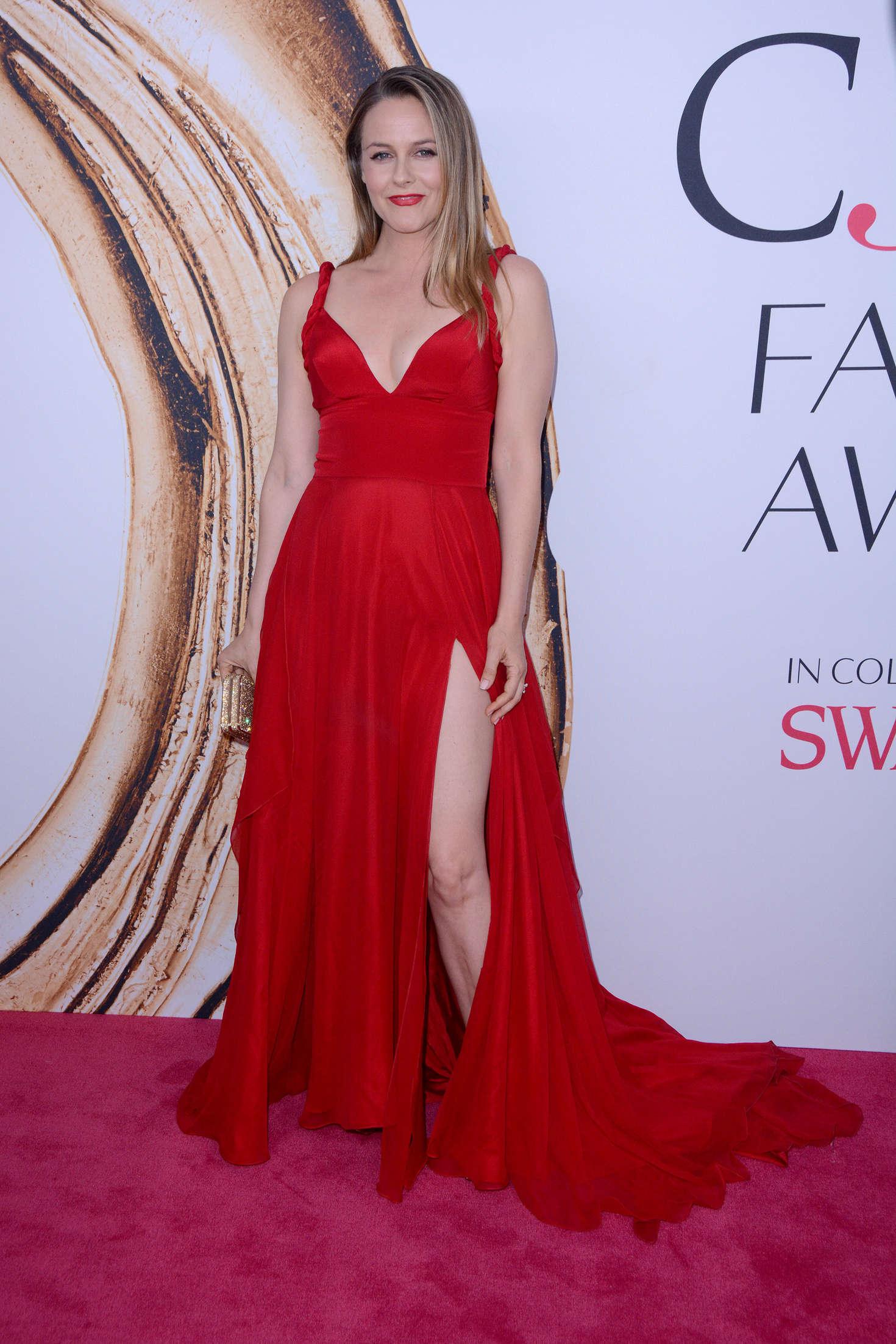 Alicia Silverstone - 2016 CFDA Fashion Awards in New York