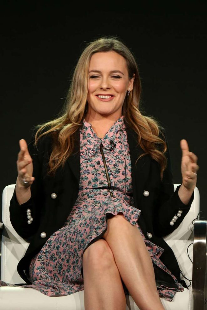 Alicia Silverstone - 2018 Winter TCA Tour in Pasadena