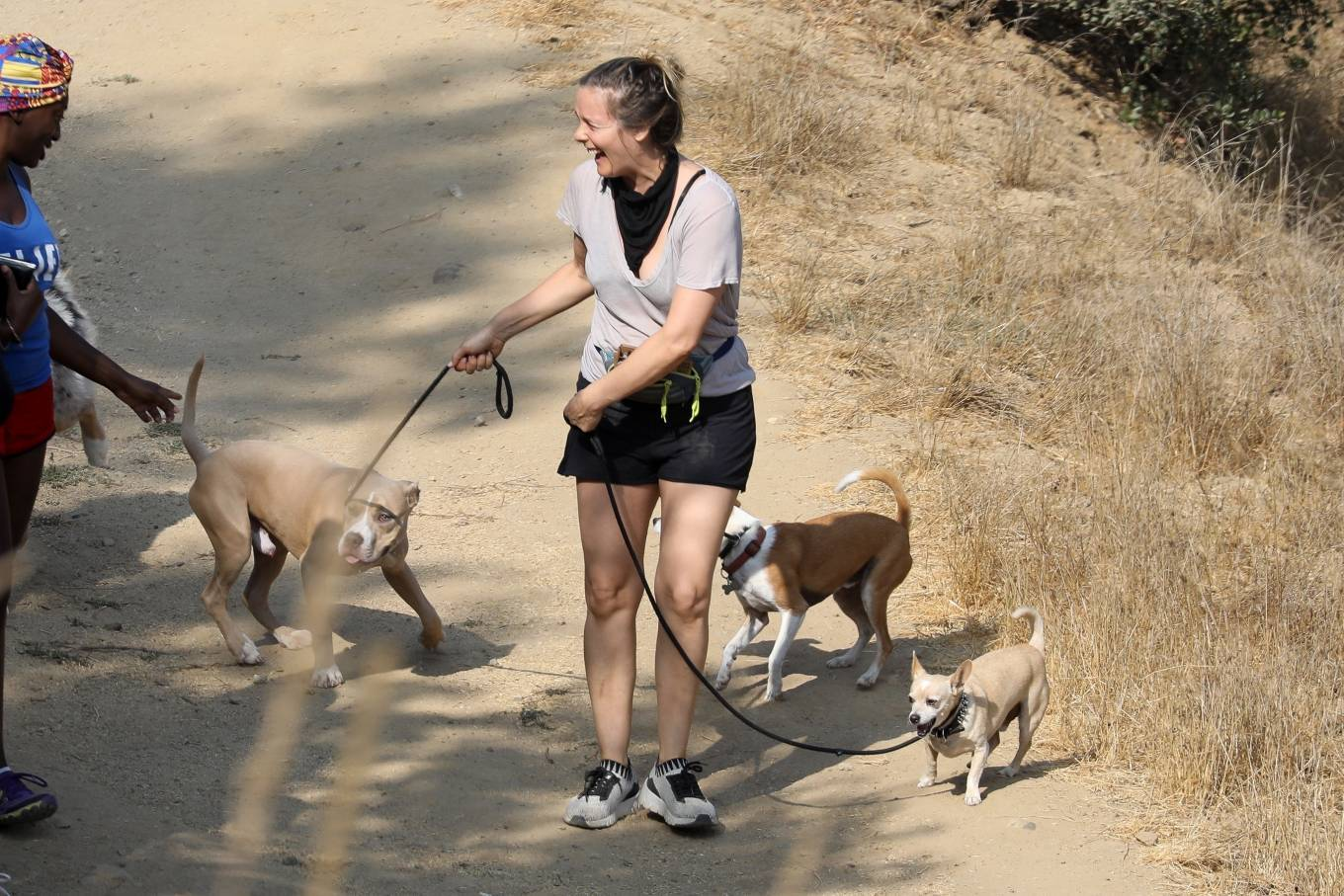 Alicia Silverstone 2020 : Alicia Silverstone – Hike with her dogs and a friend in Los Angeles-01