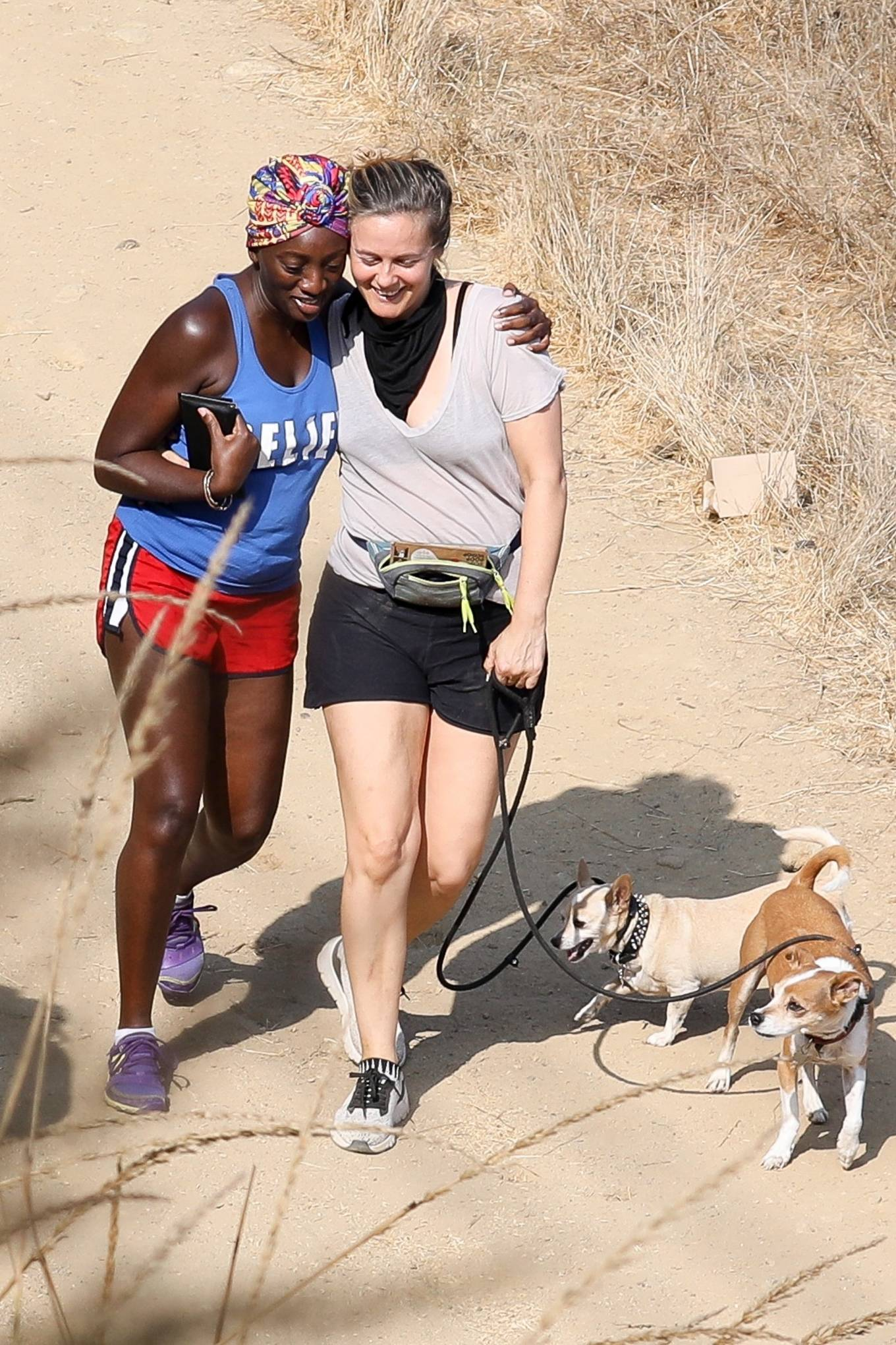 Alicia Silverstone 2020 : Alicia Silverstone – Hike with her dogs and a friend in Los Angeles-05