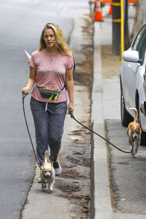 Alicia Silverstone - Out with her dogs in the Hollywood Hills